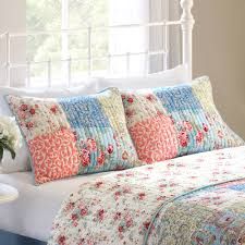 better homes and gardens multi color vintage bedding quilt full