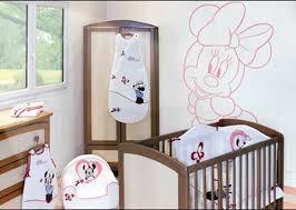 décoration mur chambre bébé decoration murale chambre bebe disney visuel 9
