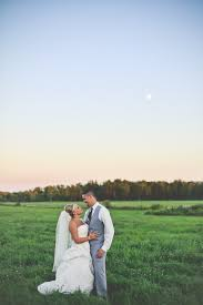 wedding photography mn hinckley minnesota wedding photographer photographs by alisha fenn