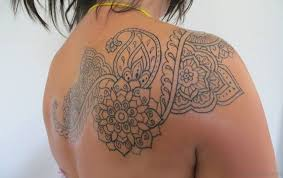48 elegant henna designer shoulder tattoos
