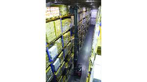 lift trucks for cold storage food logistics