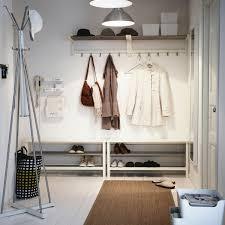 einrichtung flur wandhaken im kleinen flur als platzsparender ersatz für die garderobe