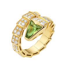 bvlgari rings buy images Buy replica bvlgari serpenti ring yellow gold with peridot head png