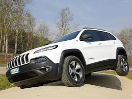 jeep cherokee sport white jeep cherokee eu 2014 pictures information u0026 specs