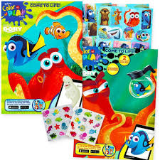 amazon com finding dory nemo coloring and activity book set 2