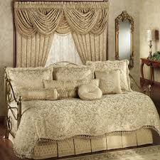 Bedroom Linens And Curtains Interior Mesmerezing Bedroom Comforter And Curtain Sets With