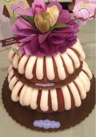 2 tier bundt cake for bday party they let me pick two diff