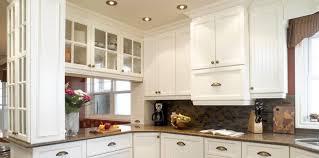classique cuisine comptoir en bois classique armoire de cuisine brun foncé blanc