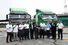 mitsubishi truck indonesia october 2016 bigwheels my