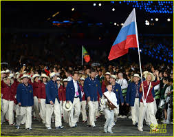 Olimpics Flag Maria Sharapova U0026 Novaj Djokovic Olympic Flag Bearers Photo
