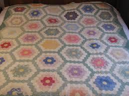 grandmothers flower garden quilt is finished gretchen u0027s little