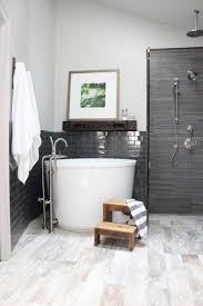 Minimalist Bathtub Simple Japanese Soaking Tub For Minimalist Bathroom Interior