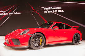 new porsche 911 gt3 porsche listens reunites 911 gt3 and manual trans for 2018