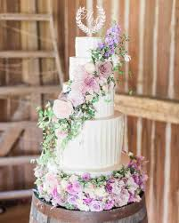 Wedding Cake Flowers Monogrammed Wedding Cake Ideas You U0027ll Want To Put Your Name On
