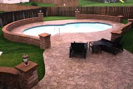 how to build a underground pool round designs