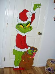 Christmas Yard Art Decorations by 25 Best Grinch Christmas Lights Ideas On Pinterest Grinch