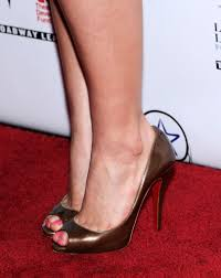 america ferrera peep toe pumps america ferrera heels looks
