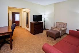 Desk Design Castelar Country Inn And Suites Atlanta Ga Booking Com