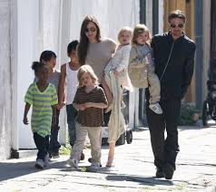 Angelina Jolie Mansion by Brad Pitt And Angelina Jolie U0027s Kids Are Running Riot Boozing At