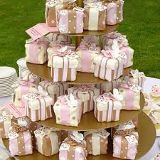 mini wedding cakes mini wedding cakes as wedding favors wedding idea