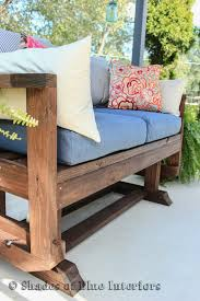 Diy Patio Bench by Diy Outdoor Loveseat Glider Outdoor Projects Pinterest