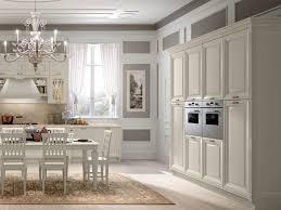 cuisine blanche classique design interieur cuisine bois classique blanche lustre coin repas