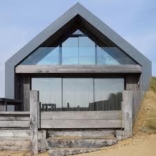 camber sands beach houses win 2017 rics award kebony wood architecture