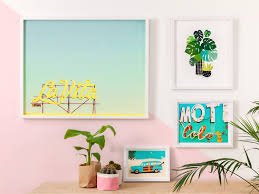 how to make a palm springs gallery wall inspiration king mcgaw for a california dreaming home all year round here are some hot styling tips on how to group prints for your own gallery wall