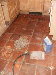 Tile Floor In Spanish by Backsplash Terra Cotta Tile In Kitchen Best Terracotta Tile