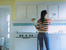 diy spray painting kitchen cabinets how to spray paint kitchen cabinets