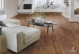Clic Laminate Flooring Bakersfield Chestnut Flooring Carpet Vidalondon
