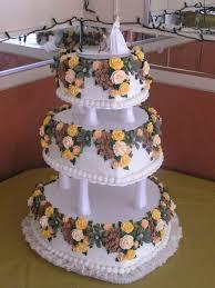 heart shaped wedding cakes 3 tier heart shaped wedding cake w royal icing flowers
