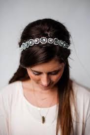 jewelled headband hairstyle added with a thin jeweled headband