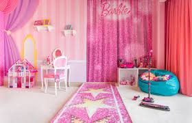 inside the barbie room at hilton panama pursuitist