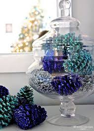 pine cone decoration ideas festive diy pine cone decorating ideas