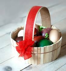 easter egg baskets to make easter egg decorating ideas using recycled materials