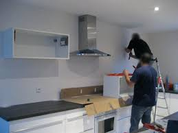 fixation placard cuisine ikea meuble de cuisine haut cheap fixation des meubles hauts en