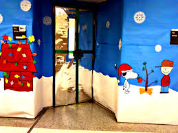 christmas door decorating contest holidays pinterest