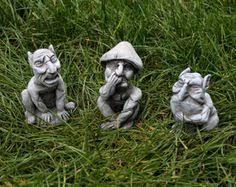 grinning pixie garden ornament statue 23cm 9 h pixies