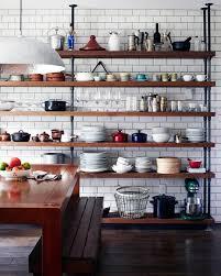 cuisine avec etagere 10 cuisines avec des étagères ouvertes frenchy fancy