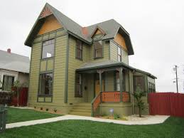 the painted lady green button homes
