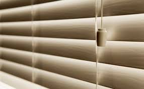 How To Take Down Venetian Blinds To Clean Is It Better To Have Your Blinds Turned Up Or Down Hunker