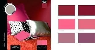 peinture prune chambre chambre couleur bordeaux peinture prune pour la decoration chambre