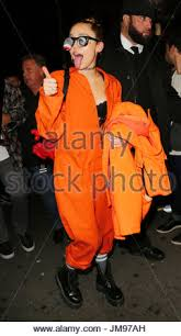 Orange Prison Jumpsuit Halloween Costume Miley Cyrus Miley Cyrus Wears Prison Jumpsuit Bouncy Eye