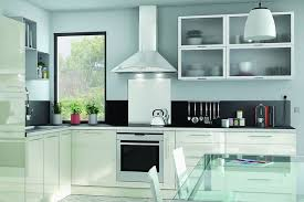 cuisine blanche brillante cuisine blanche 13 photos de cuisinistes côté maison