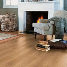 Quick Step Oak Laminate Flooring Calando Authentic Oak Effect Laminate Flooring 1 59 M Pack Diy