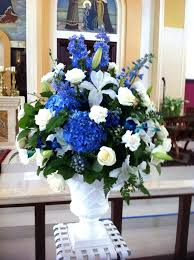 wedding flowers blue and white blue and white reception wedding flowers wedding decor wedding