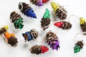 rainbow dipped pine cone garland say yes