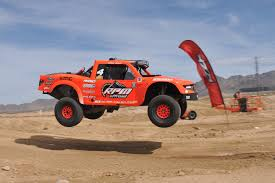 rally truck racing the mint 400 is america u0027s greatest off road race digital trends