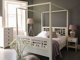 decorate with a modern four poster bed editeestrela design